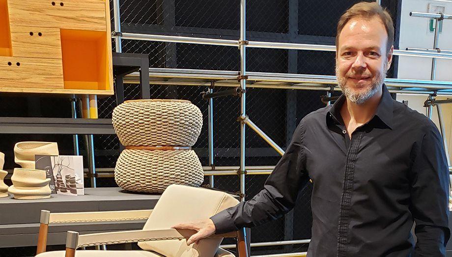 Fabricio Roncca mostra a força do design de mobiliário brasileiro na Semana de Design de Milão